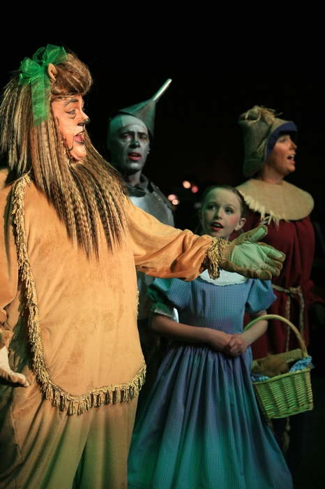 Carl Bishop, Mike Johnson, Natalie Mack and Heather Oystryk in Wizard of Oz