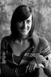 Headshot for Angela Valiant