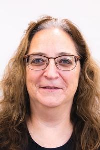Headshot for Lorna Stuber