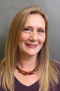 Lisa Auton's Headshot from The Addams Family