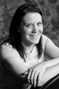 Chelsea Millard's Headshot from Brigadoon